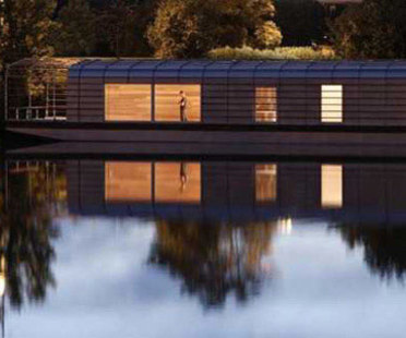 The Floating House - Ronan y Erwan Bouroullec. Chatou, 2006