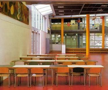 Montessori College, Amsterdam Est, Holanda. Herman Hertzberger