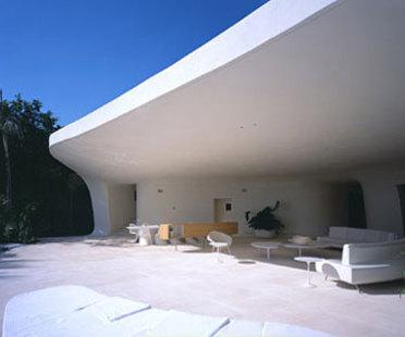 Casa Ixtapa - Fernando Romero.<br />Punta Ixtapa, 2001