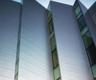 Nueva York. Bronx Museum of Arts.<br /> Arquitectonica. 2006