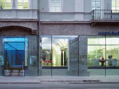 Open bank innsbruk peter lorenz 2001 floornature for Open bank oficinas