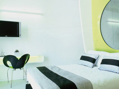 DuoMo Hotel. RÍMINI. Ron Arad. 2006