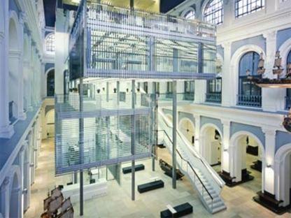 Haus im Haus - Behnisch Architekten. Hamburgo, 2007