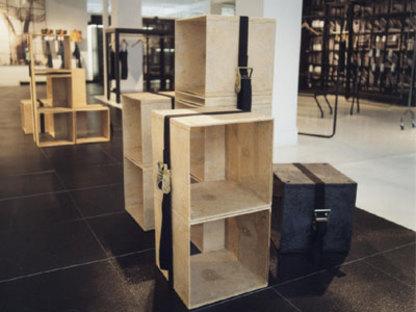 Pavimento y revestimiento del showroom de ALU