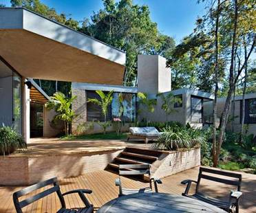 Humberto Hermeto: Casa MR a Nova Lima