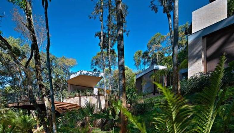Humberto Hermeto: Casa MR en Nova Lima
