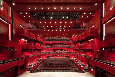 Larsen y Eliasson: auditorio en Reykjavik