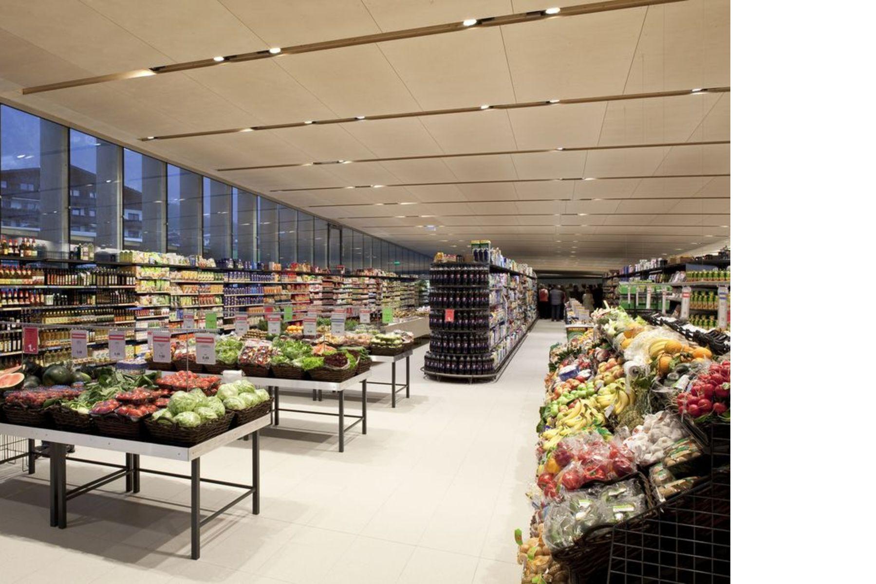 Fügenschuh: supermercado MPreis en Wiesing