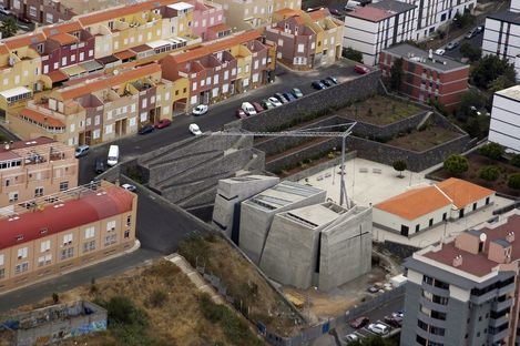 Menis: iglesia del Redentor, en Tenerife