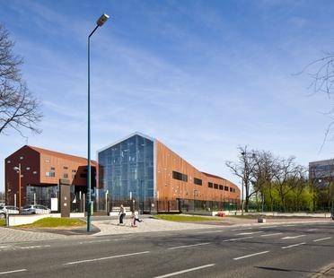 Brenac + Gonzales: centro de formación profesional en Gennevilliers
