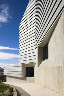 Paredes Pedrosa: biblioteca pública en Ceuta