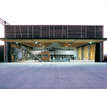 GH + A (Guillermo Hevia Architects): almazara en Chile