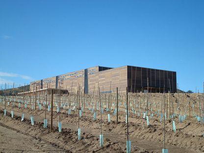 GH + A (Guillermo Hevia Architects): almazara en Chile