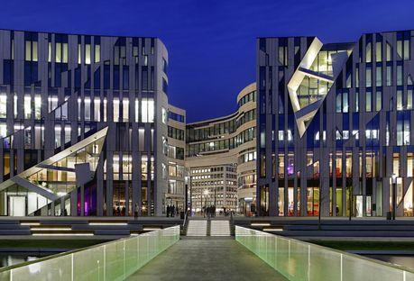 Ko-Bogen Dusseldorf complejo de oficinas de Daniel Libeskind