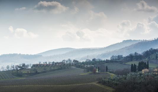 Cantine Bulgari de Alvisi Kirimoto en San Casciano dei Bagni (Siena)