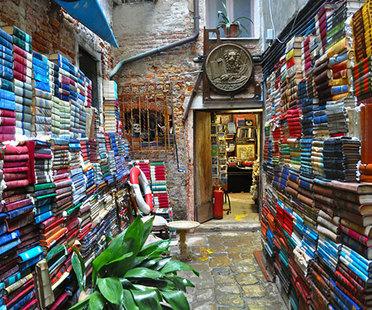 Sueños de papel: librerías de arquitectura y diseño en Italia