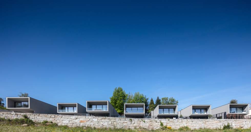 Box XL Houses by Grupo Zegnea
