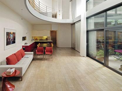 Suelos en efecto madera para imaginar nuevos interiores