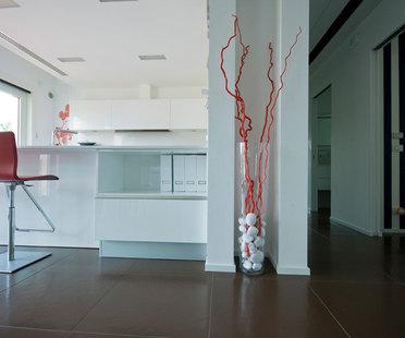 Interiores minimalistas: tres reglas para las superficies