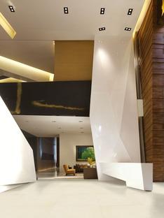 Stonepeak Plane para ambientes clásicos y contemporáneos