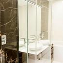 Gres porcelánico efecto mármol: tradición y modernidad para hoteles y urbanizaciones