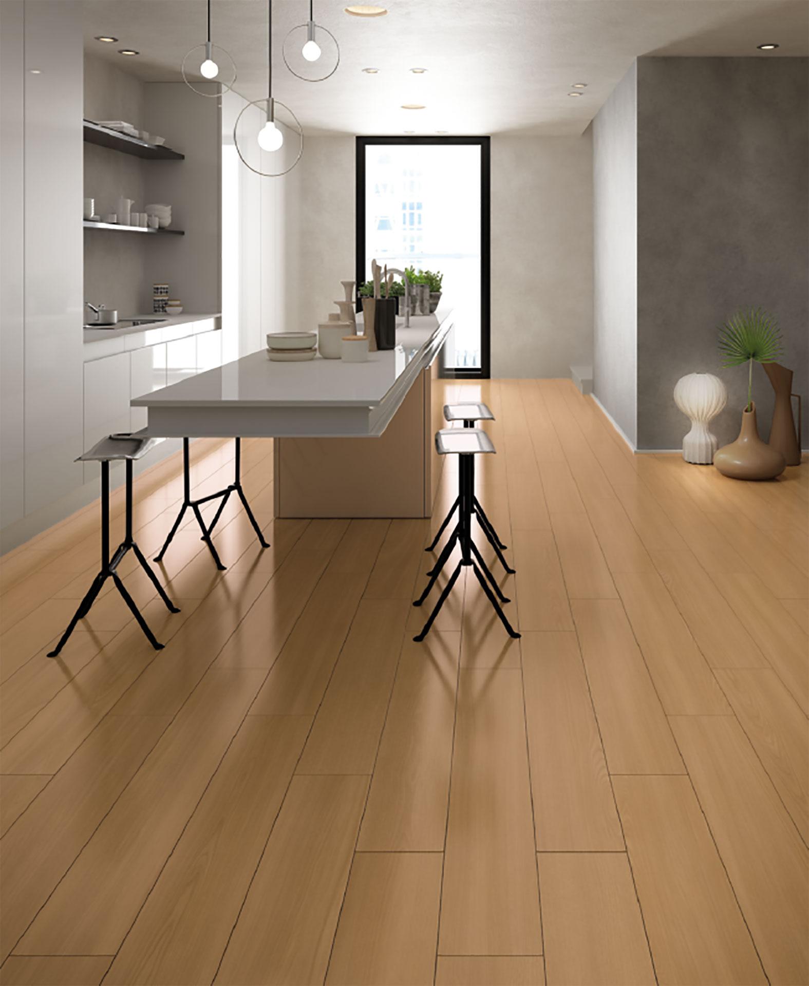 Calor y luminosidad para los suelos 2018 con el efecto madera Deck de Iris Ceramica