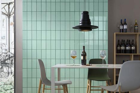 Iris Ceramica: personalizar las paredes con los revestimientos Quayside y Lol