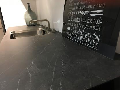SapienStone Pietra Grey para una cocina con un look refinado y contemporáneo