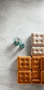 Nuevos mármoles Maximum: ambientes versátiles y complementos a medida.