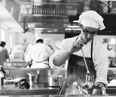 ALMA-La Escuela Internacional de Cocina Italiana: el secreto del éxito <script> </script>