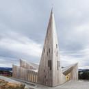 Iglesia de madera en la colina, Knarvik