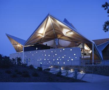 Starlight Theatre, el teatro con techo móvil