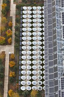 Fachada de cristal y paneles fotovoltaicos para el Palacio de Justicia de París, de RPBW