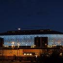 Fachada microperforada para el tecnológico estadio Friends Arena de Berg, por C. F. Møller y Krook & Tjade