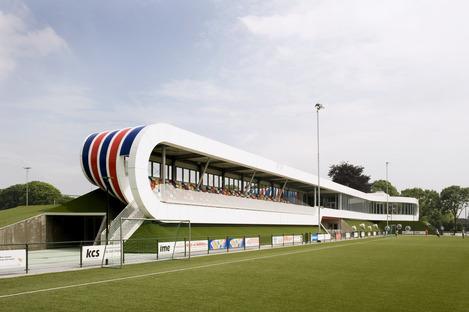 Instalaciones deportivas de LIAG con terraplenes aislantes
