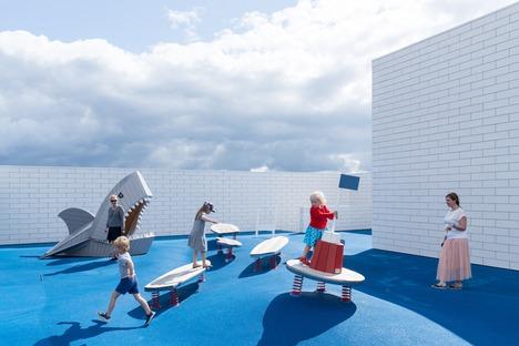 La Lego House de BIG es de cemento y acero