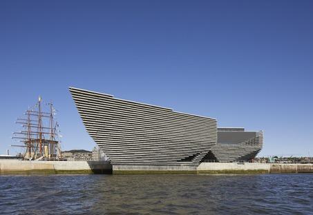 Fachada con celosía de cemento para el V&A Dundee Museum