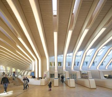 Biblioteca de madera glulam en Vennesla, por Helen & Hard architects
