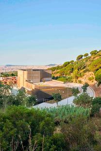 Centro biomédico con alta eficiencia energética, en Badalona