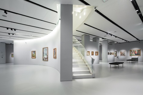Micromuseo de los impresionistas rusos de cemento y aluminio perforado