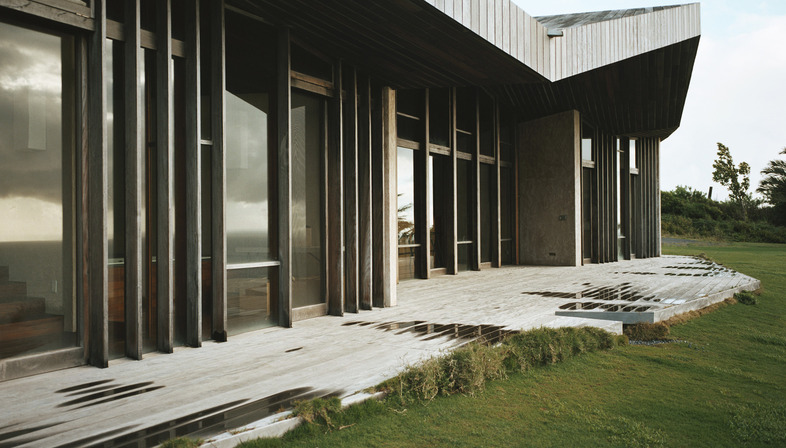 Una casa low-tech de Dekleva Gregorič arhitekti